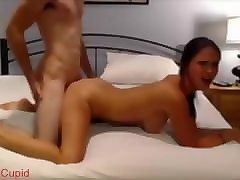 amateur threesome with girlfriend & bestfriend