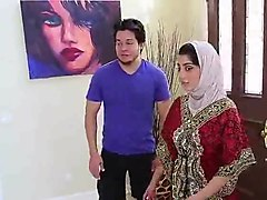 pakistani nadia ali sucks fucks and gets a facial