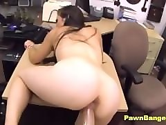 big-assed mom gets her pussy banged for money