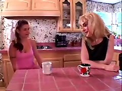 nina hartley-ariana jollee - older women younger women 4