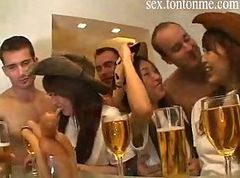 sexy girl orgy party4
